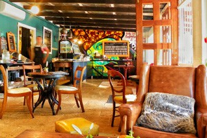 Brook 508 Cafe and Restaurant